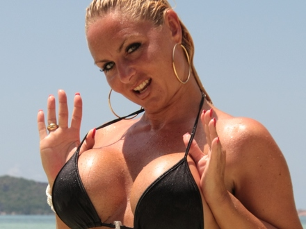 Hot Blonde In Hot Beachwear On A Hot Beach (6)