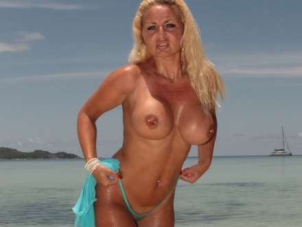Hot Blonde In Hot Beachwear On A Hot Beach (9)