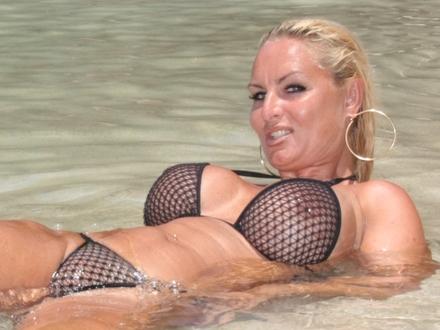 Hot Blonde In Hot Beachwear On A Hot Beach (10)