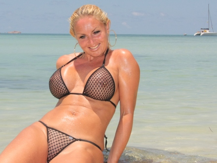 Hot Blonde In Hot Beachwear On A Hot Beach (11)