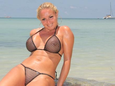 Hot Blonde In Hot Beachwear On A Hot Beach (11)