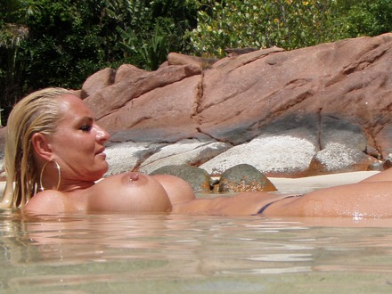 Hot Blonde In Hot Beachwear On A Hot Beach (12)